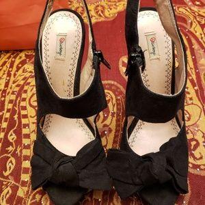 Black Skinny Heels Zip-up Size 6